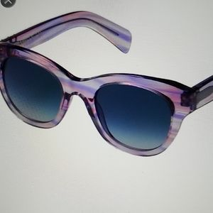 NEW! WILDFOX Monroe lilac sunnies